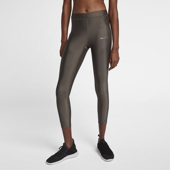 1aa74a86d05b2 NEW Nike Speed Women s Mid-Rise 7 8 Running Tights